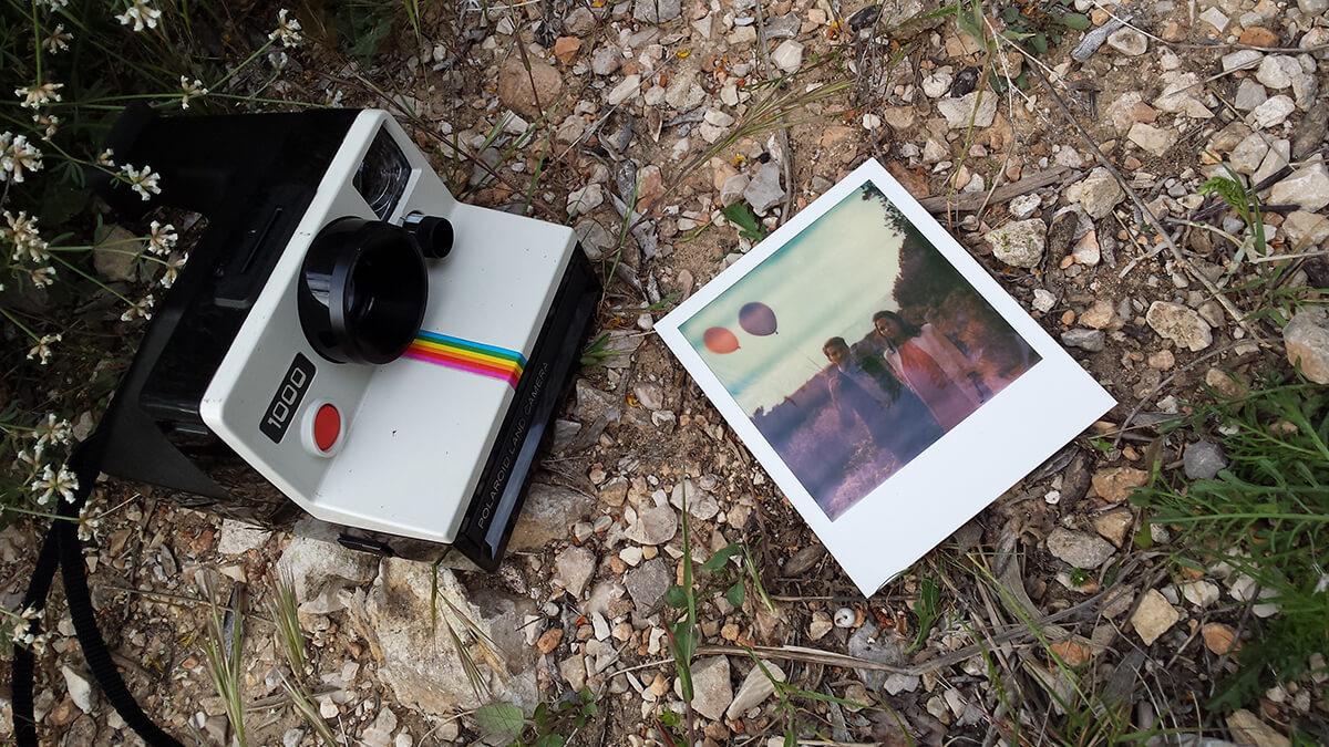 shooting polaroid 1000